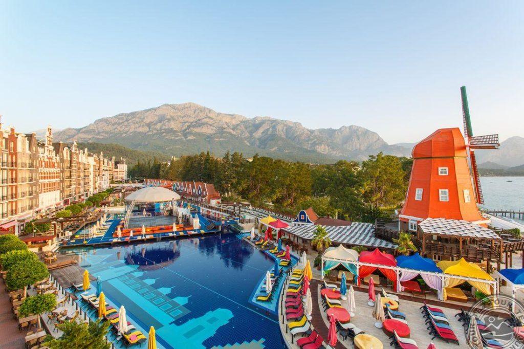 Самые активные молодежные отели Турции