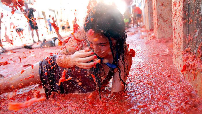 фестивали август